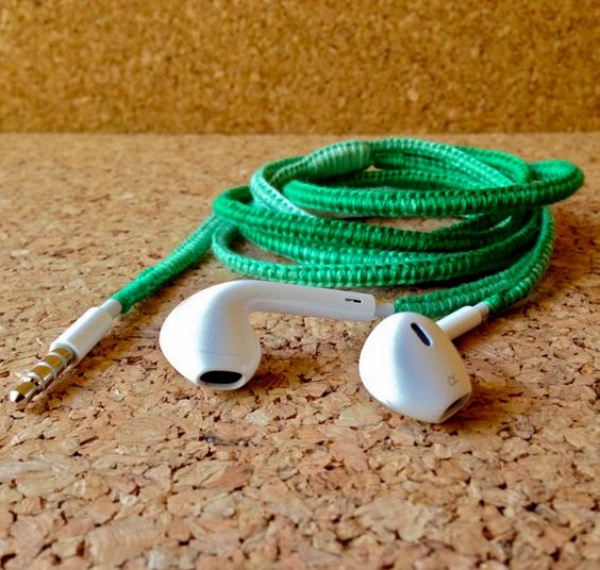 How to make your own Colorful Earphones00012