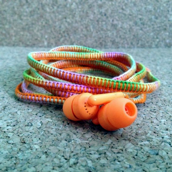 How to make your own Colorful Earphones00014