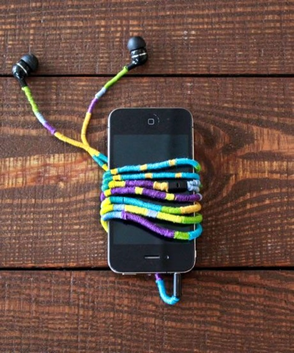 How to make your own Colorful Earphones00022