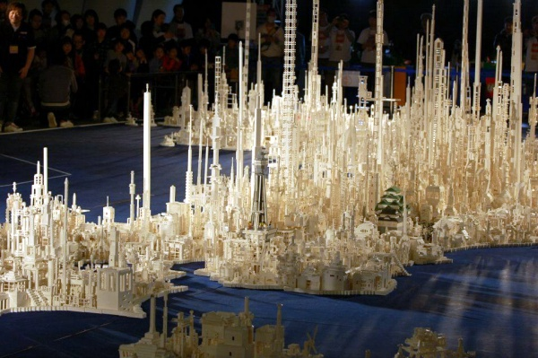 Amazing Lego Sculpture Hard to Believe00009