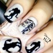 Scary Zombie Nail Art To Try On This Halloween