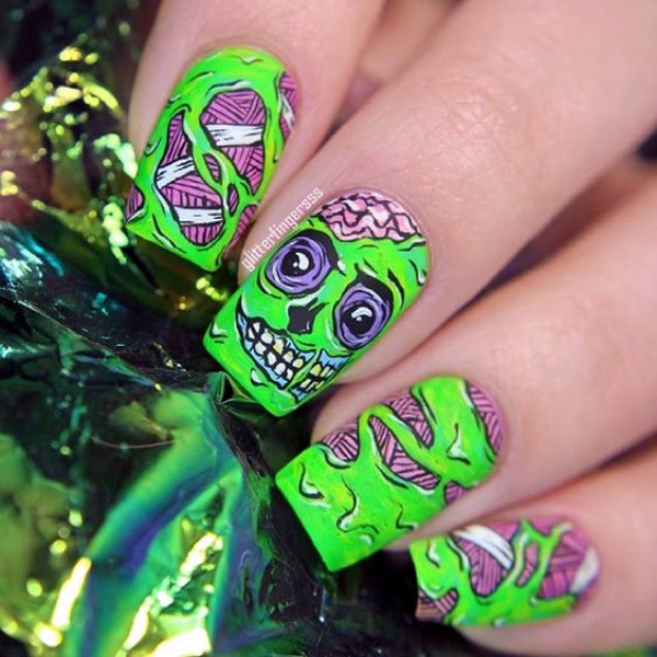 Scary Zombie Nail Art To Try On This Halloween00007