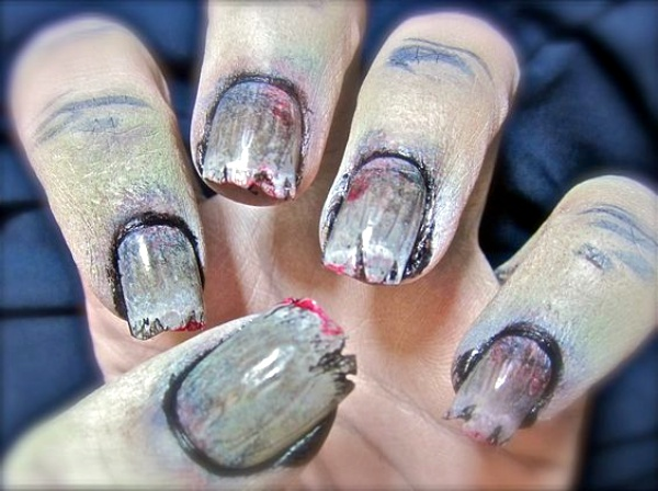 Scary Zombie Nail Art To Try On This Halloween00014