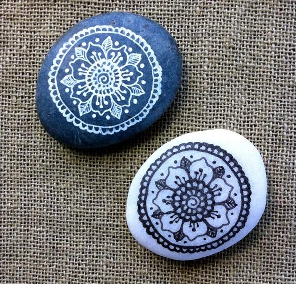 DIY-Mandala-Stone-Patterns