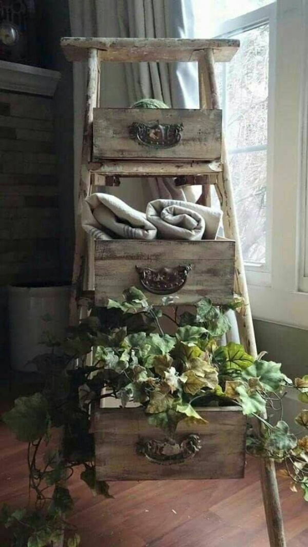 Smart Ways to Reuse Old Wooden