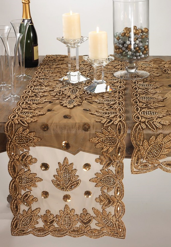Amazing Table Runner Ideas for Modern Homes