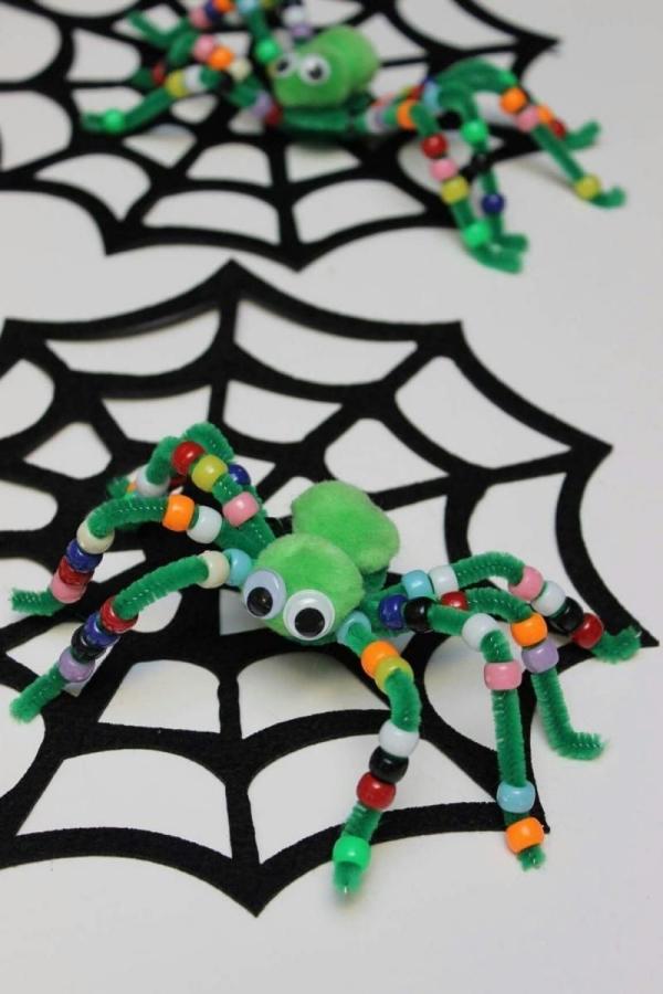Make DIY Halloween craft