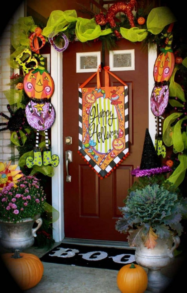 Decorate house entry
